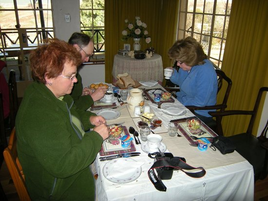 Thaba Tsweni Lodge & Safaris: Breakfast in the main house