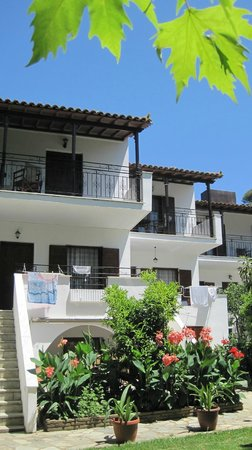 Ioannis Apartments: Studios and family rooms