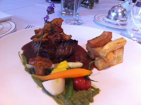 Hotel Au Vieux Moulin : Le Bœuf du Pays