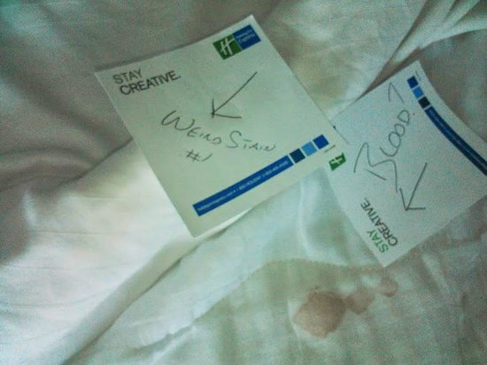 Holiday Inn Express Hotel & Suites Cincinnati : On our sheets!