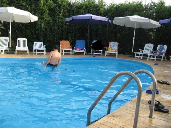 La Costa Smeralda: piscina dell hotel