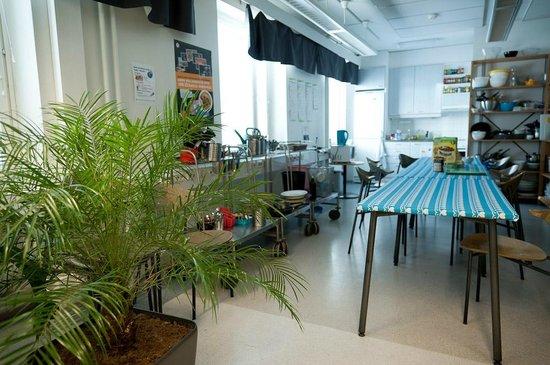 Hostel Academica: Common room