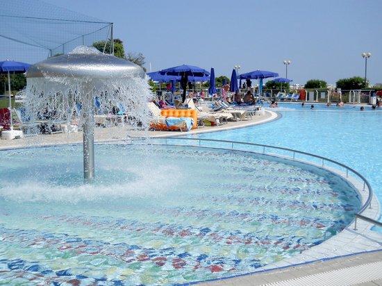 Hotel Cesare Augusto: La piscina dei bambini