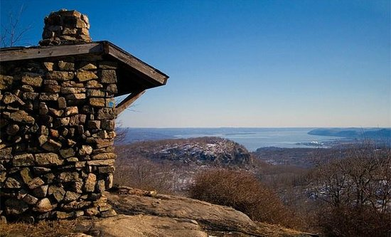 Harriman State Park: West Mountain shelter, with views toward the Hudson River and Manhattan skyline.