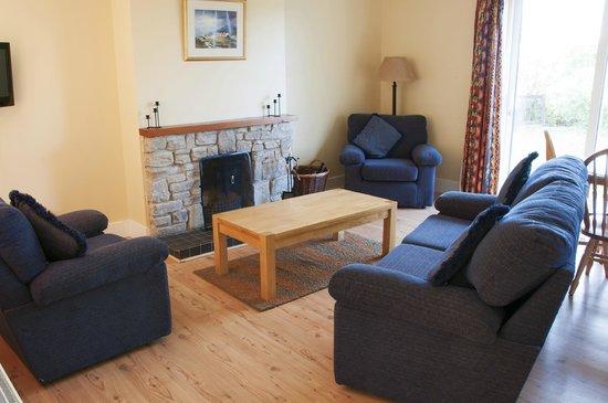 Leitrim Quay: Living room Type b