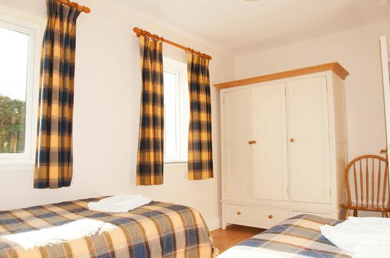 Leitrim Quay: Type A twin Room