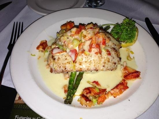 Warehouse Bar & Grill: salmon with lobster in a wasabi cream sauce.