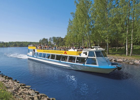Resultado de imagen de :ship tourist from the canal of Helsinki