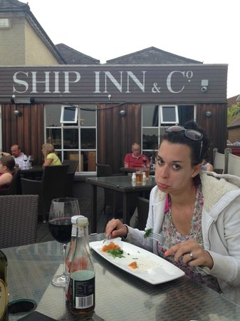 The Ship Inn: Finished before mine even arrived. Sad face!!