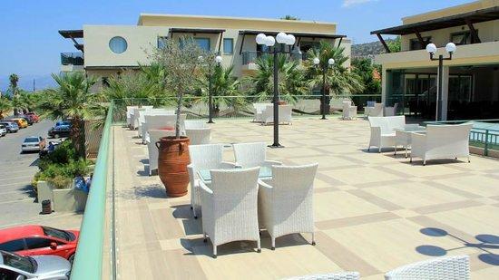 Star Beach Village & Water Park: Taras nad restauracją