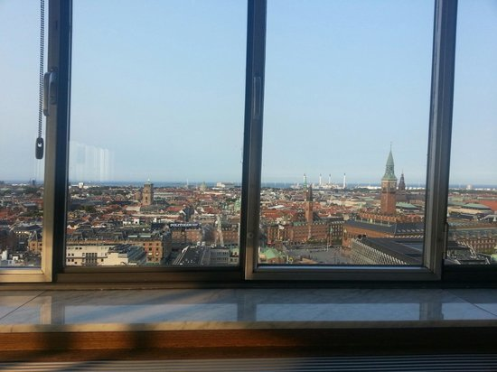 Alberto K: The view from the 20th floor