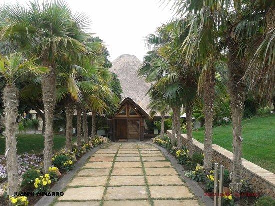 Cabana Buenavista: Entrada Restaurante La Cabaña