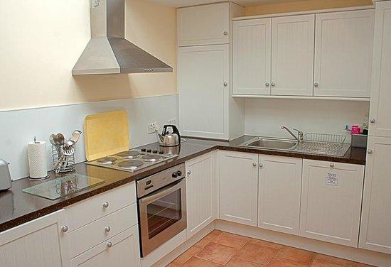 West End Apartments: Peploe Apartment - Kitchen