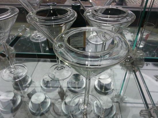 Vena's Fizz House : the perfect-sized martini glassware