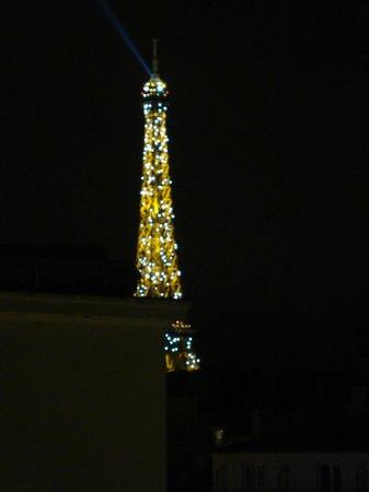 Hotel Grenelle: Vista da Torre do apartamento