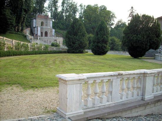 Villa della Regina: Nei giardini