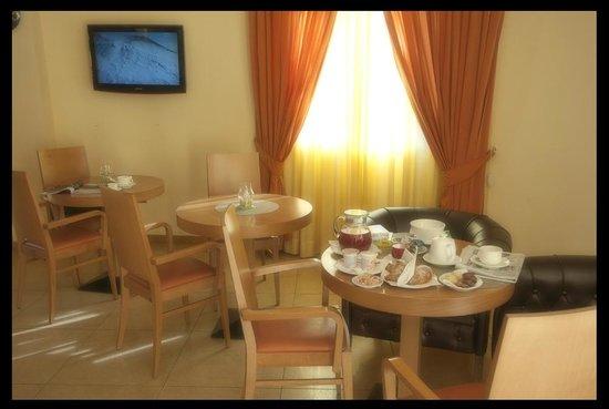 City Hotel Casoria : Bar