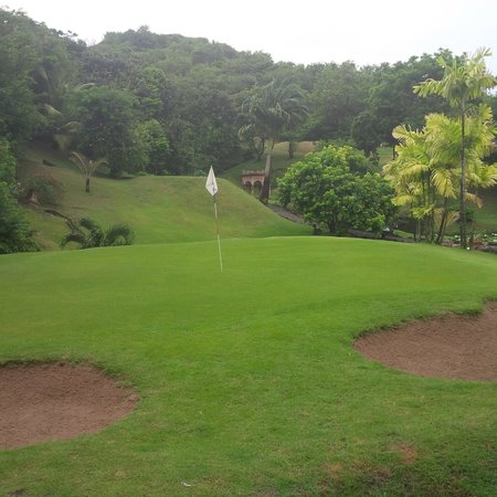 BodyHoliday Saint Lucia: Golf Area at Body Holiday