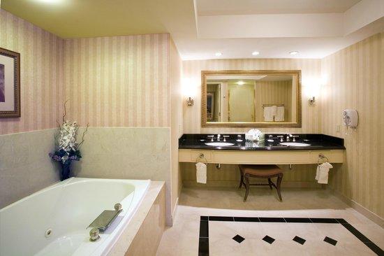 Rendezvous Tower Bathroom Picture Of Resorts Atlantic