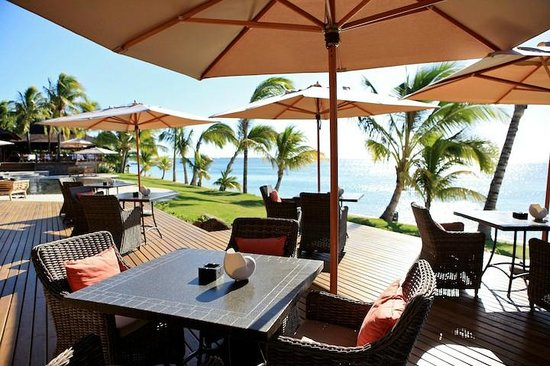LUX* Le Morne: Restaurant view