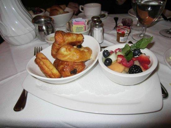 Saju Bistro: Desayuno Continental