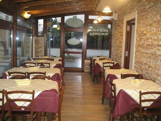 Macelleria Braceria San Foca: .....sala.....
