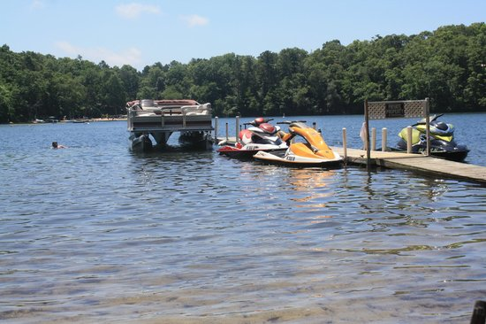 Peters Pond RV Resort: Our private dock