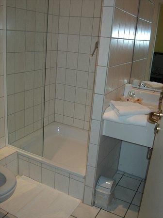 Hotel Royal: doccia