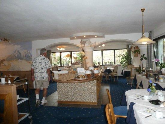 Residence Garni Trocker : This is where we ate our wonderful breakfast each morning.