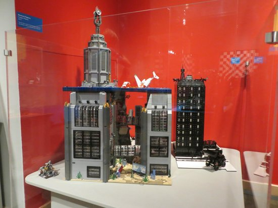Longmont Museum & Cultural Center: LEGO city from Bioshock