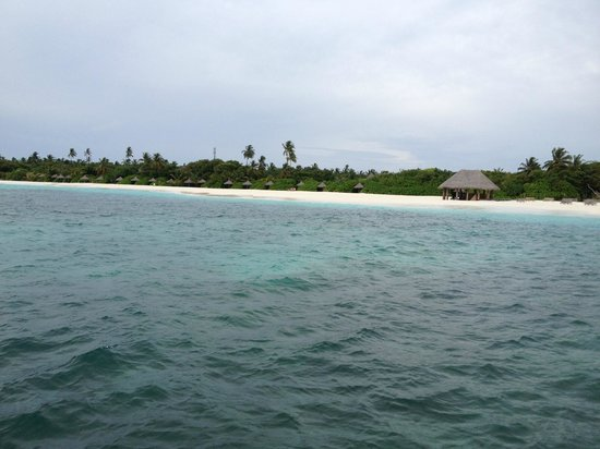 Coco Palm Dhuni Kolhu: view from boat