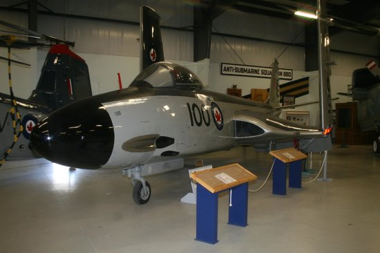 Shearwater Aviation Museum: McDonnell Banshee fighter