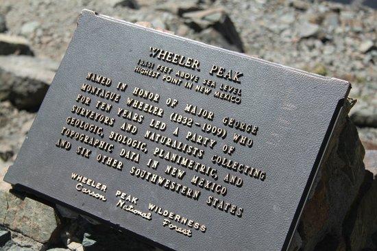Wheeler Peak Wilderness Area: la tabella in vetta