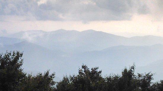 Cherohala Skyway: mile high