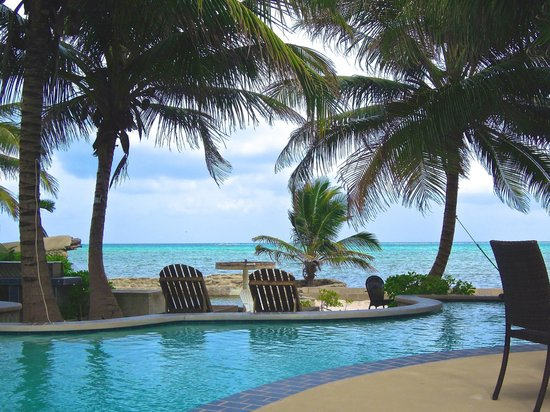 The Landings at Tres Cocos: One of the three pools at the Landings