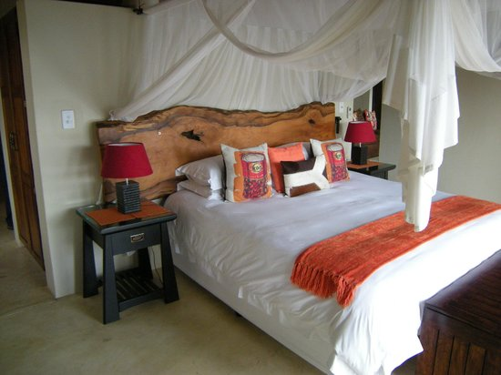 Naledi Game Lodges: One of the rooms at Enkoveni