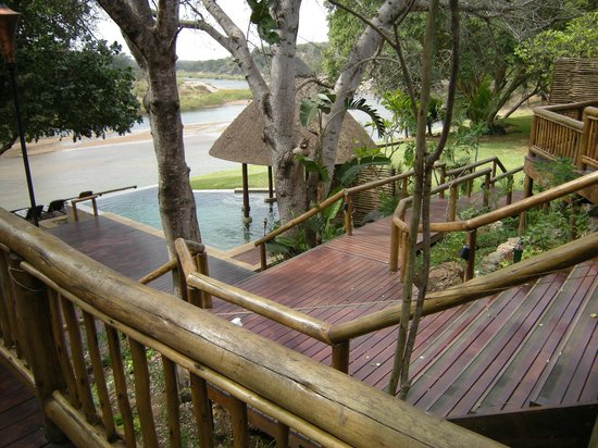 Naledi Game Lodges: More views at Enkoveni