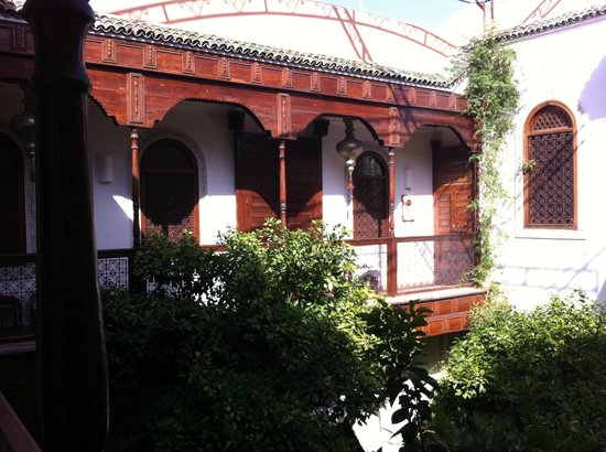 Riad Rafaele: First floor balcony view