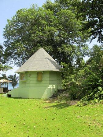 Rhodes Beach Resort Negril: Various cabanas around property