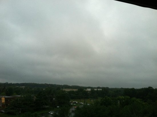Sheraton Eatontown Hotel: A cloudy morning