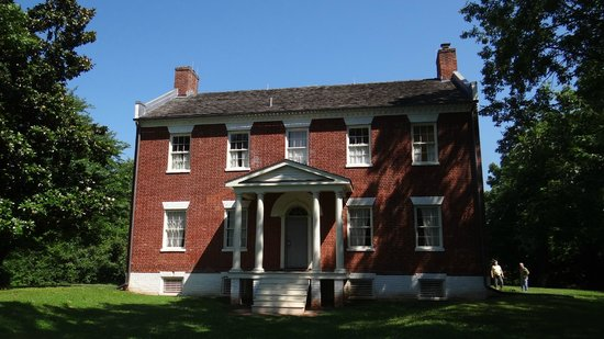 Bennett House Bed and Breakfast: Private tour