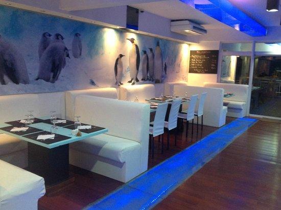 L'igloo: salle de restaurant climatisée