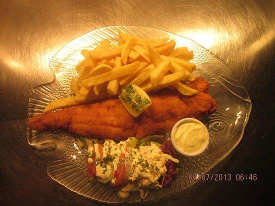 The Kilrane Inn Pub and Restaurant: Deep Fried Cod