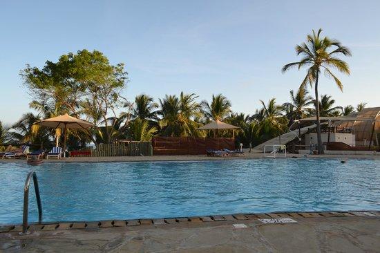 Amani Tiwi Beach Resort: I know.. the pool .. again