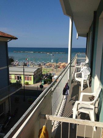 Hotel Riviera : vista mare