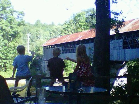 Covered Bridge Farm Table: The kids love the view!