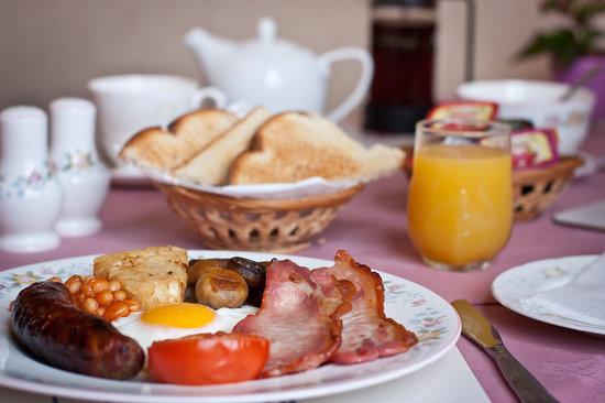 Leonard's Field House: A hearty breakfast