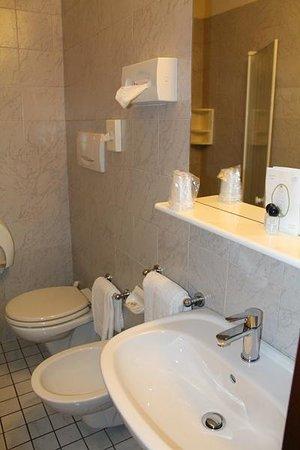 Hotel Porta Palio: Bathroom