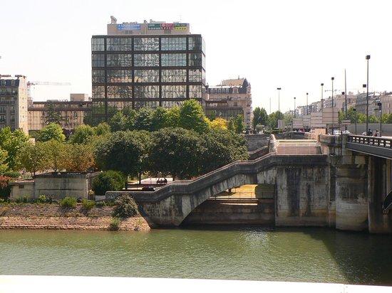 Hotel Ibis Paris La Defense Pont De Neuilly