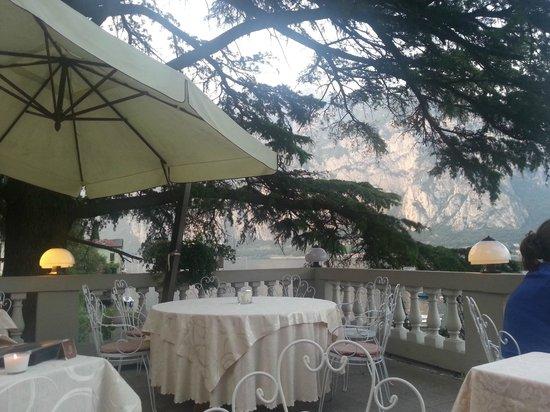 Un piccolo angolo del terrazzo - Picture of Hotel Villa Giulia ...